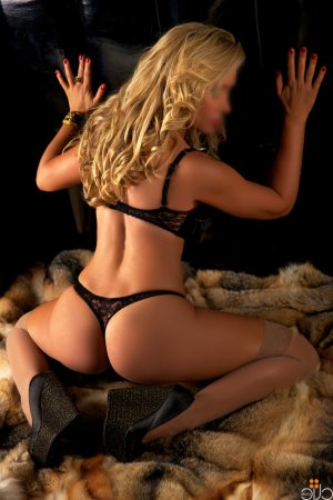 Katherina escort in Weigelstown