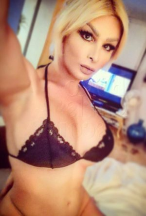 Martialise outcall escort