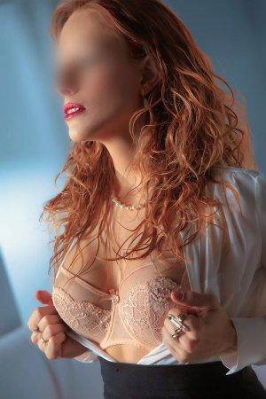 Enorah independent escort in Fort Bliss