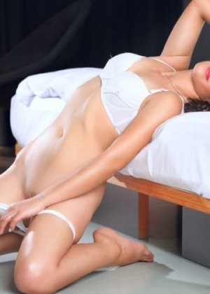Marie-louisette escorts services
